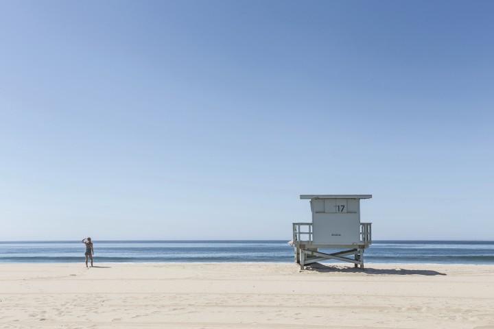 baywatch, white sand, beach, ocean, waves