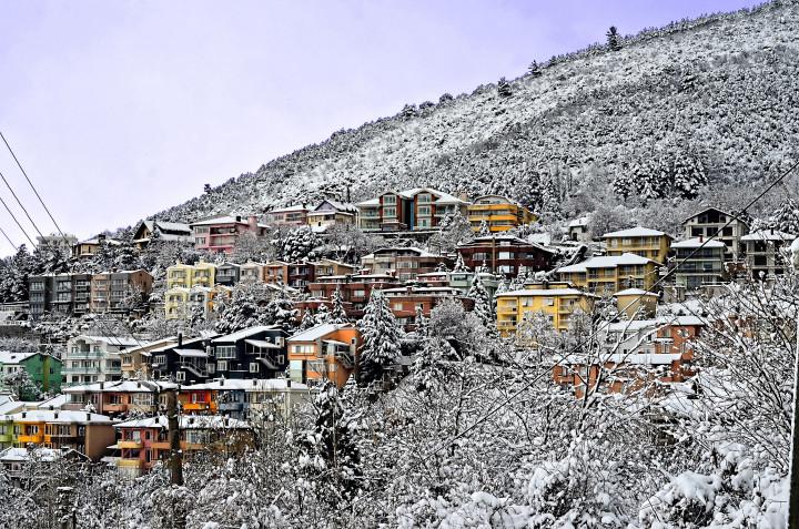 ski town, mountain town, fresh air, ski, snow, snowboarding