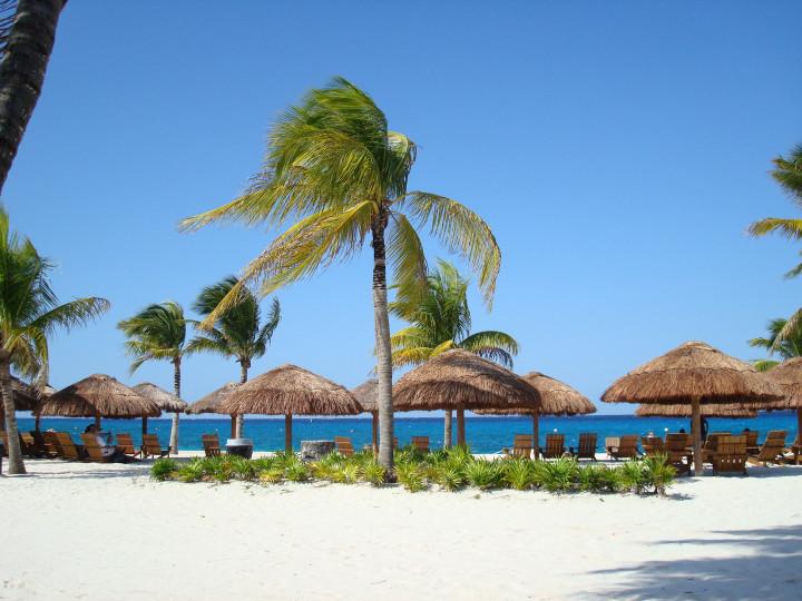 beautiful beach, white sand, ocean