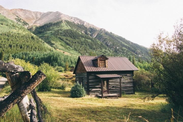 Mountain cabin, fresh air, beautiful