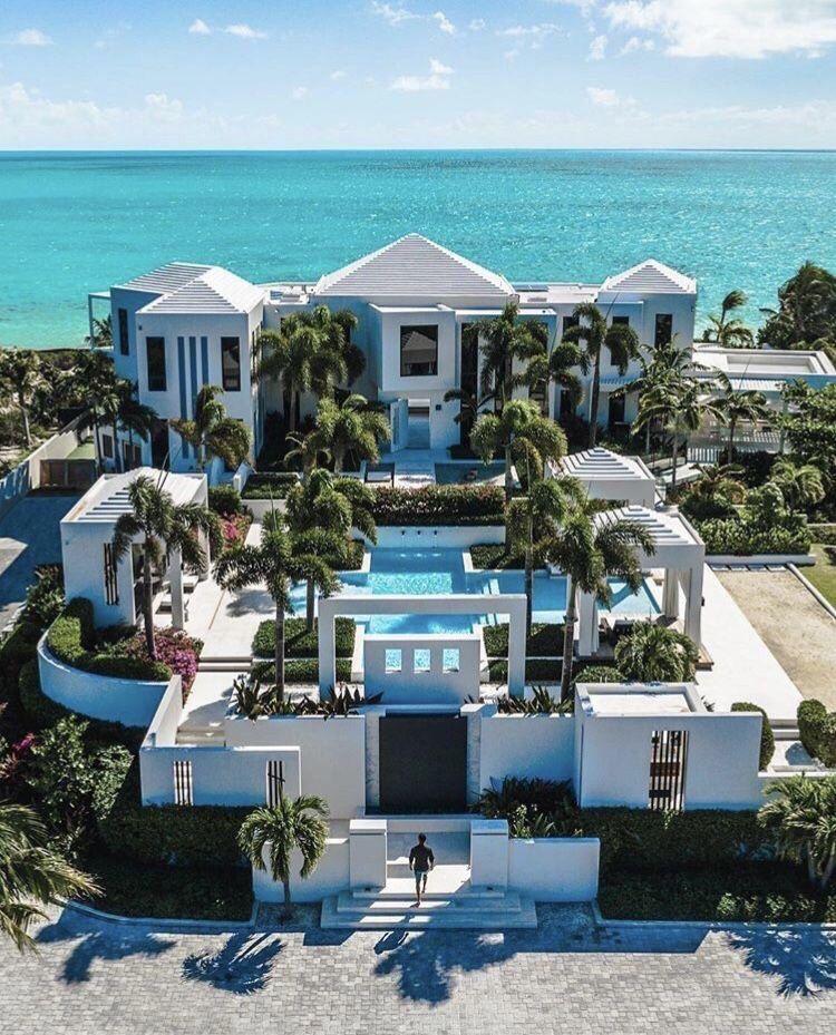 Beach house, pool