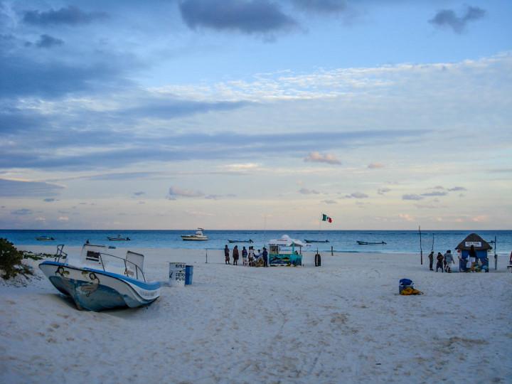 white sandy beach, ocean, waves, blue sky