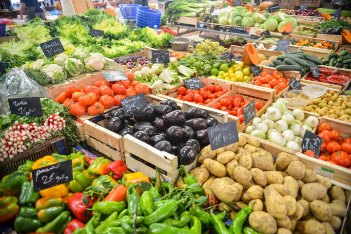 fresh fruit, fresh veggies, healthy eating, cleansing, intermittent fasting