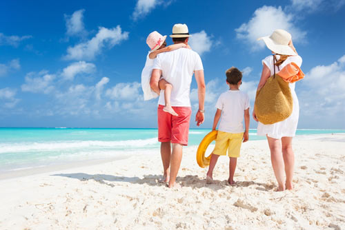 a-guide-to-stress-free-beach-vacations-with-the-kids