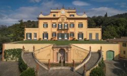 Mansion in Italy! Add it to the list!
