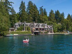 Beautiful lake house! Don't mind if I do