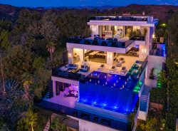 California Mansions!Add it to the list