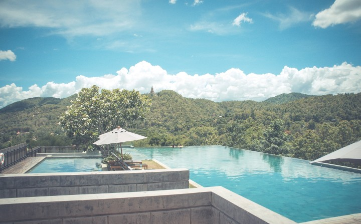 pool, lay out and tan, umbrella