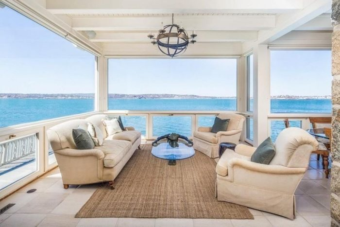 Waterfront view! Add it to the list!