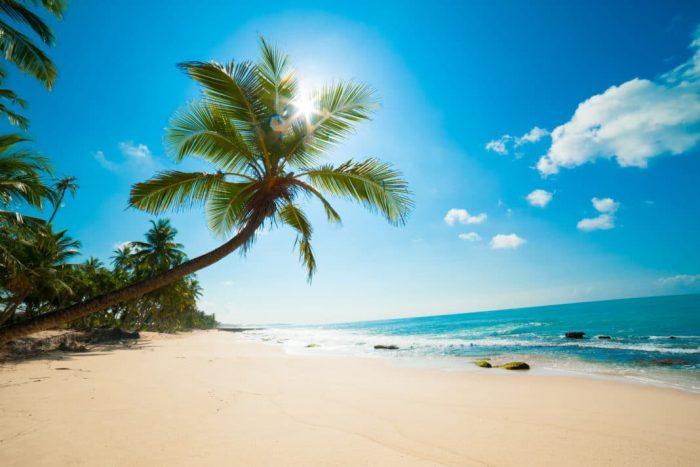 cheap-beach-family-destinations-1068×713