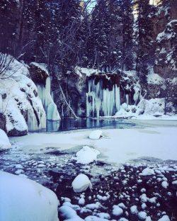 Hanging Lake, winter, Glenwood Springs, Colorado, waterfalls, mountains, vacation, hiking