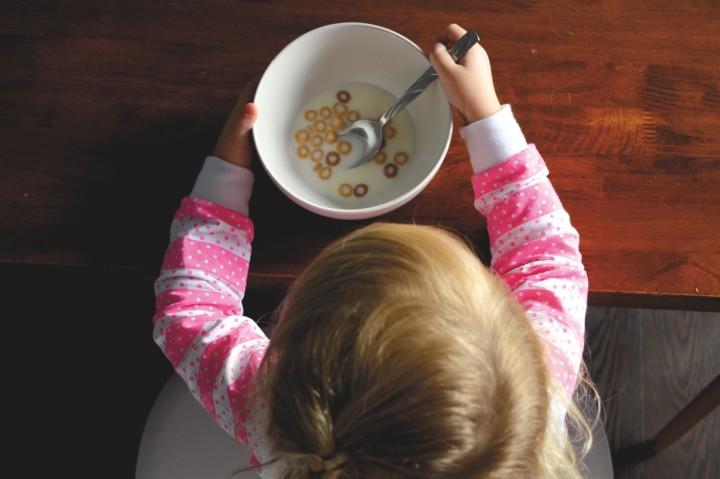 kids, children, breakfast