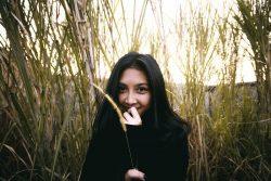 happy, field, hiding