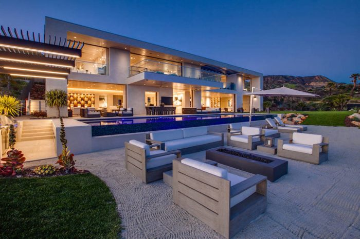 Modern mansion, fire pit